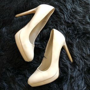 Forever 21 Shoes - Forever 21 Nude Heels